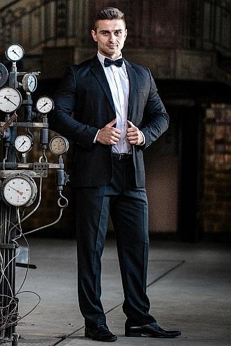 Elegancki mężczyzna dżentelmen do wynajęcia